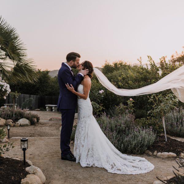 RANDY + JODY: BACKYARD OJAI WEDDING